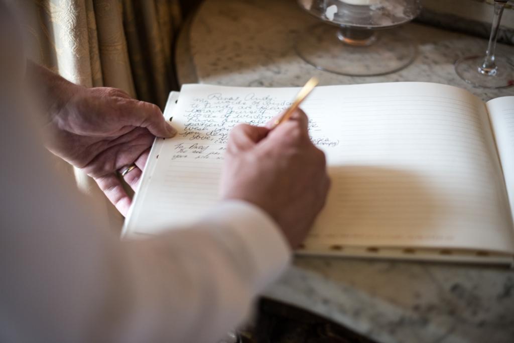 registry signing