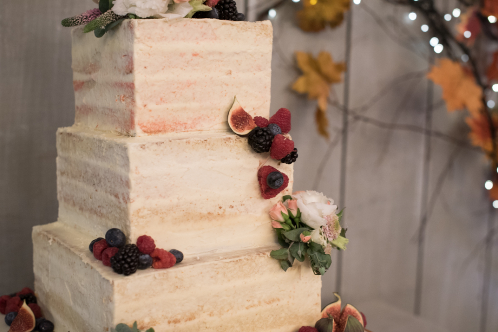 Ballymagarvey wedding-weddingcake
