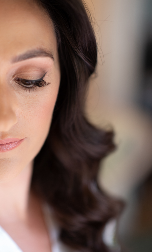 radisson blu wedding eye makeup up by Aime Connolly by wedding photographers the fennells