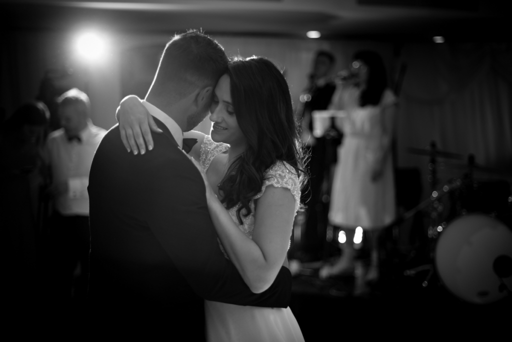 radisson blu wedding wedding first dance photo by wedding photographers the fennells