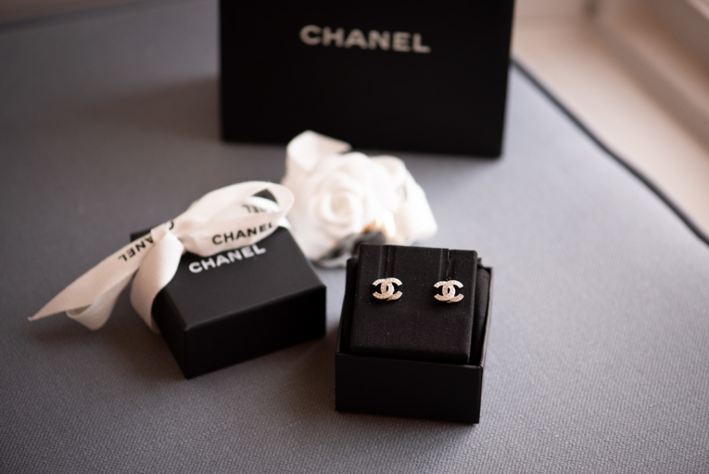 Brides diamond chanel earrings in black box
