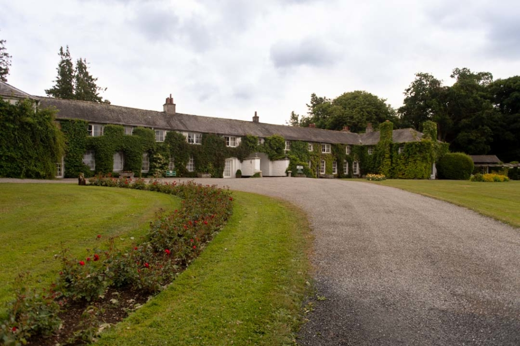 Outside of the front of Rathsallagh House wedding venue